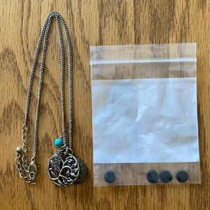 Jewelry - Diffuser tree necklace